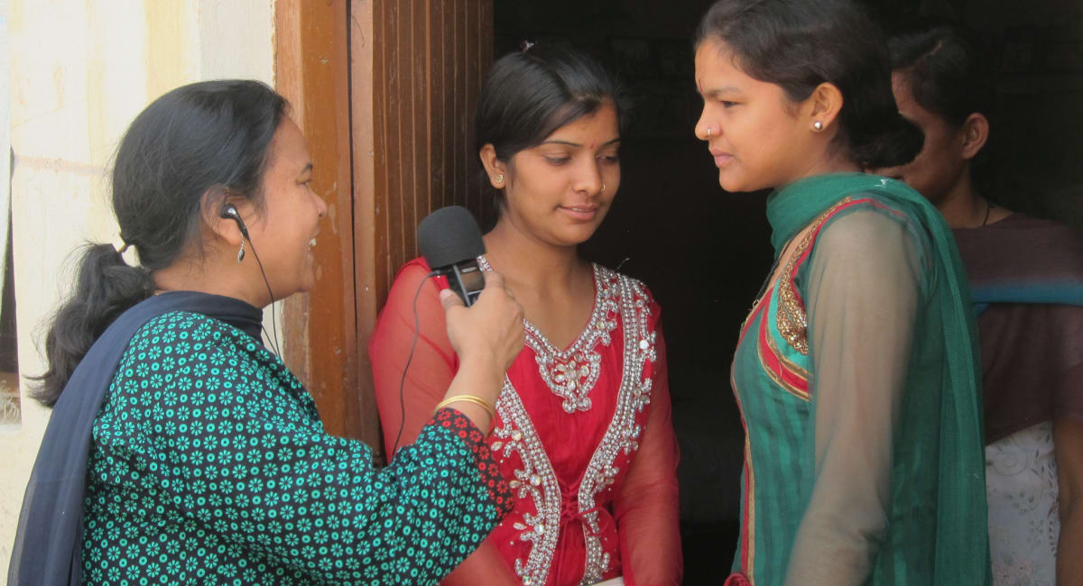 Feba India presenter Nilu interviews women on street